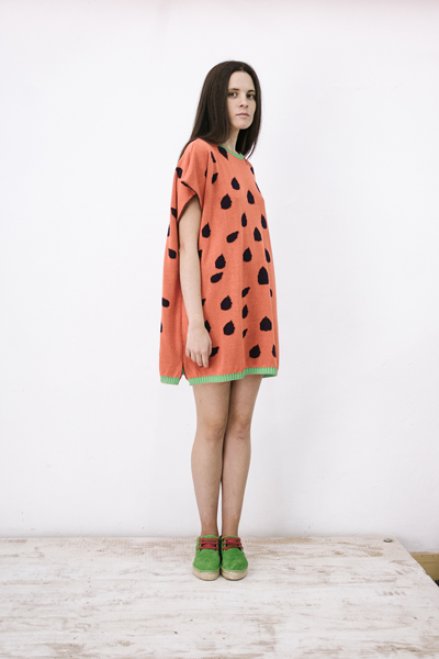 CIRCUS of FASHION Potipoti Red Watermelon Poncho Foto Maya Kapouski