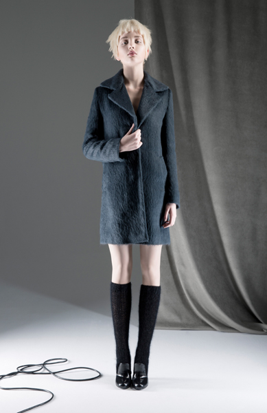 CIRCUS of FASHION ANTONIA GOY AW2014 Foto Schah Eghbaly Coat Socks - Mode aus Berlin