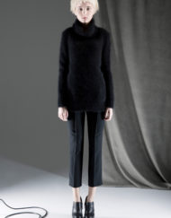 CIRCUS of FASHION ANTONIA GOY AW2014_15 Foto Schah Eghbaly Angora Turtleneck Sweater Woollen Pants - Mode aus Berlin