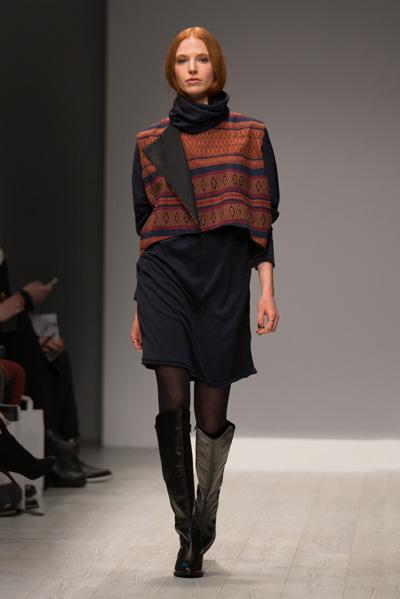 CIRCUS of FASHION Mode aus Berlin Isabell de Hillerin AW 2014/15 Foto Lukas Wolejko