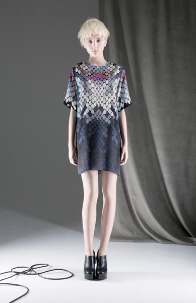 CIRCUS of FASHION Mode aus Berlin ANTONIA GOY AW2014_15 Foto Schah Eghbaly Silk Dress Rainbow 07 OK FB